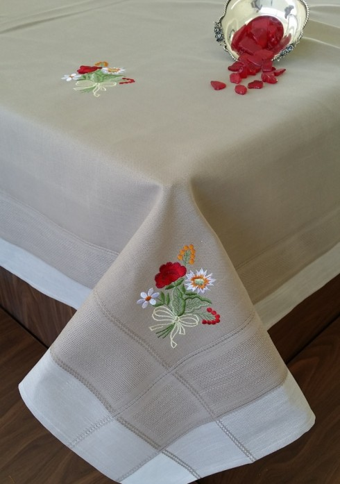 Fata-de-masa-Valentini-Bianco-WKY9