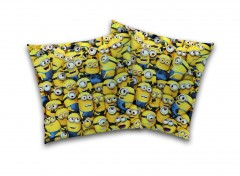 LES MINIONS FAMILY mapping coussin  40x40 HD